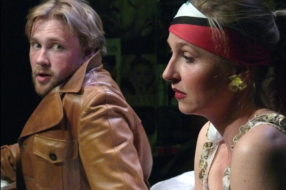 Foto fra forestilingen TAPE produceret af eKleKtisK teaterproduKtion